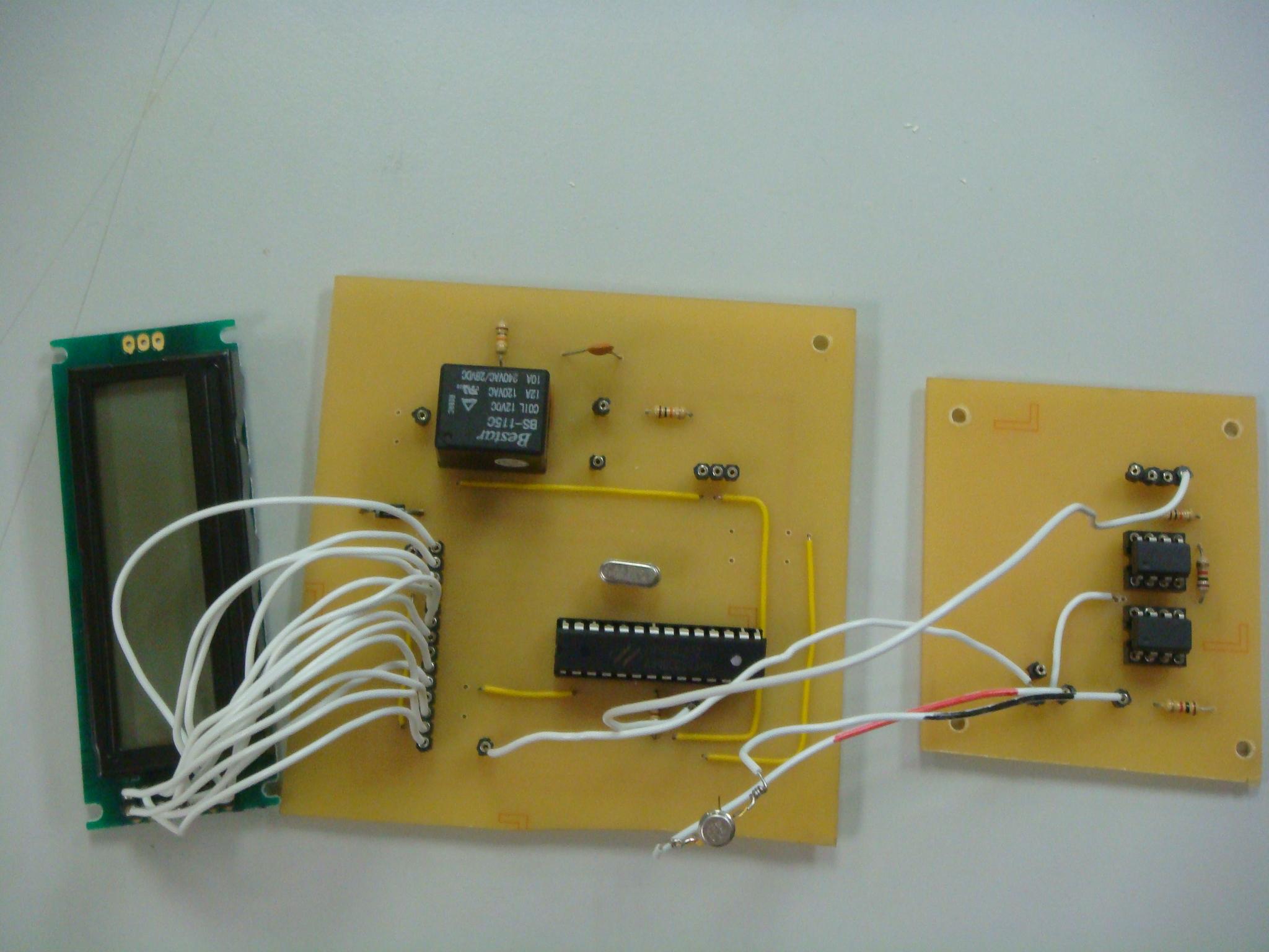 图三: 温度感测电路图