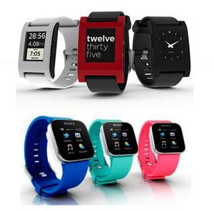 为Pebble智能手表,下列为Sony智能手表. BigPic:376x371  -两款