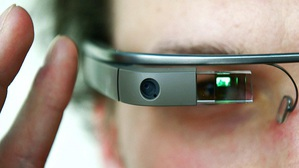 Google Glass炒熱智慧眼鏡話題,但Gartner認為主要市場不在消費者端(圖:Google Glass)