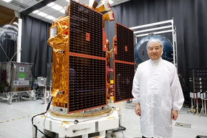 國家太空中心主任張桂祥表示,福衛五號採用了大量台灣科技產業的零組件,希望可以帶動台灣航太產業的技術發展。