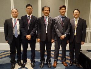 愛德萬測試總經理吳慶桓(中)與技術行銷團隊。