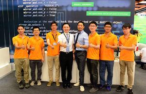 優勝奈米總經理許景翔(左四)與其參展團隊